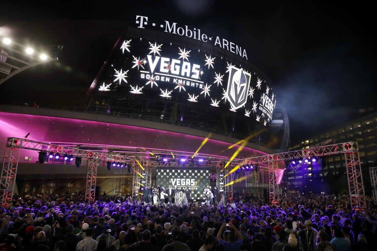 Hockey fever overflows at an event unveiling the team's name at the T-Mobile Arena.